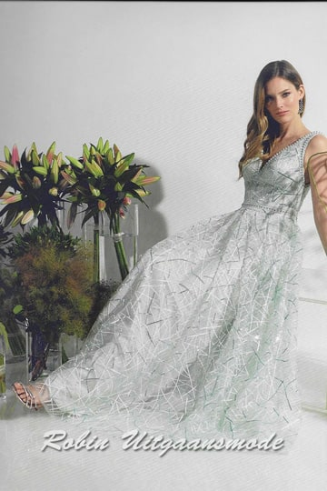Breezy long dress features a bodice with beautifully beaded neckline, shoulder straps and waistband | modelnr g-n2-115