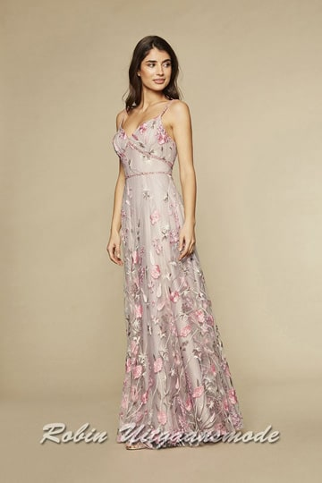 Multiprint prom dress with a heart-shaped neckline, the transparent top layer is decorated with pink flowers and branches | modelnr g-n2-130