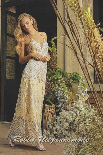 Long glamour prom dress beaded with gold and silver sequins, a deep V-neckline and spaghetti straps | modelnr g-n2-134