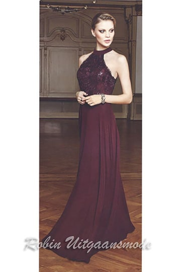 Beautiful burgundy evening dresses with lace bodice and a high hater neck line | modelnr g-n2-36