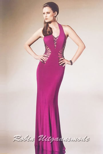 Cheap prom dress in magenta pink with V-neck and halter neckline | modelnr g-n2-48