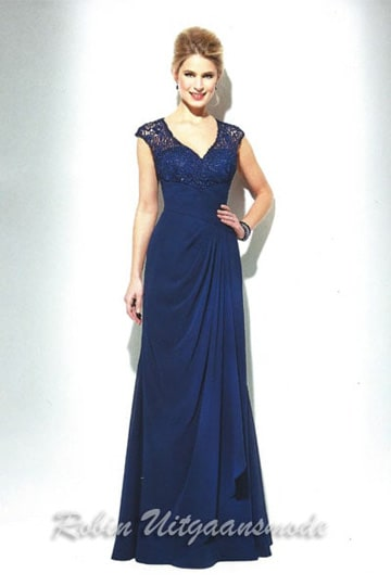 Luxurious evening dress features a beaded buster, draped waistline and small cap sleeves | modelnr g-u2-100