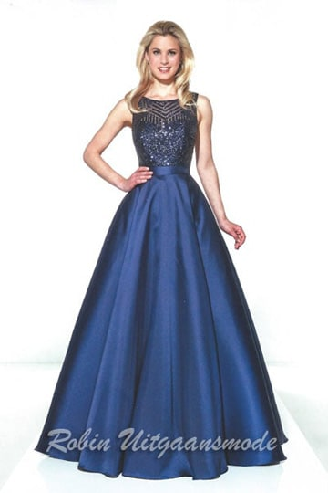Stylish blue evening gown with flared skirt and beaded bodice | modelnr g-u2-17