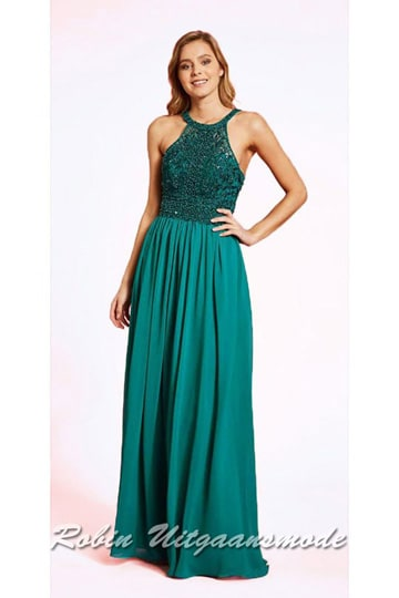 Long prom dress with high-closed halter neckline, a beaded bodice, bare shoulders and a chiffon skirt | modelnr g-ul2-68